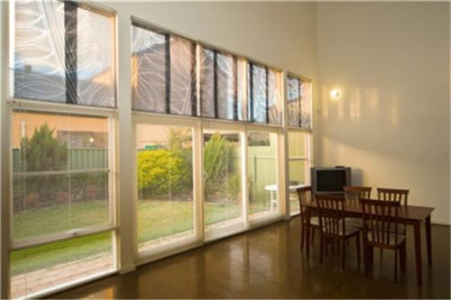 电动遮阳帘设备逐渐成为遮阳工程技术重点